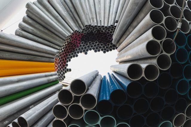 ilustrasi produsen baja ringan